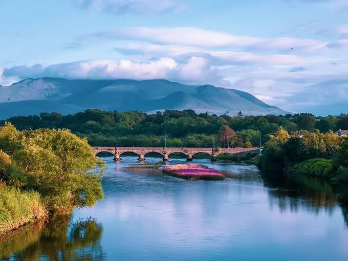 scenic view of laune bridge in killorglin