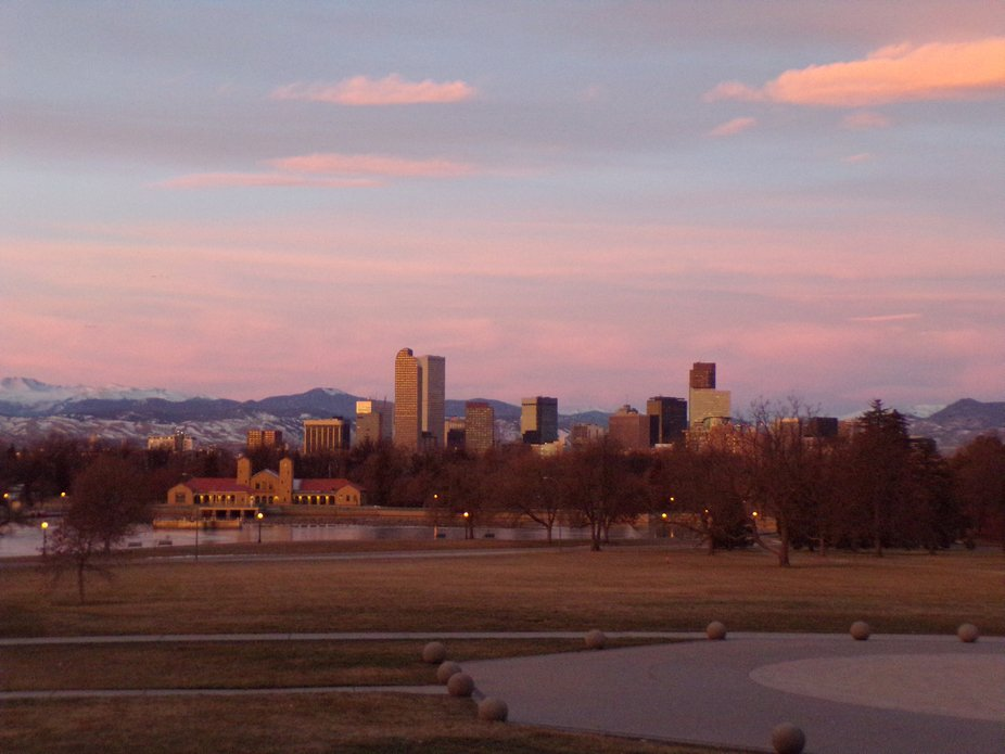 Went for an early morning drive to get more sunrise shots. Ended up at City Park, so took the opp...