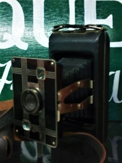 Antique Camera! Old School Photography!