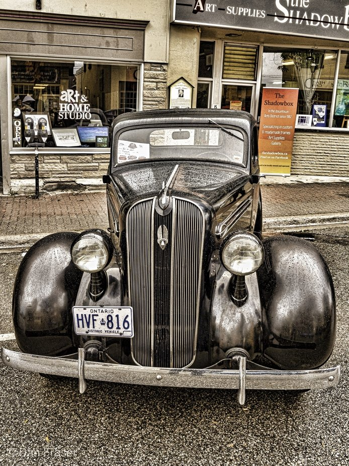 Street show of classical cars in downtown Orillia.