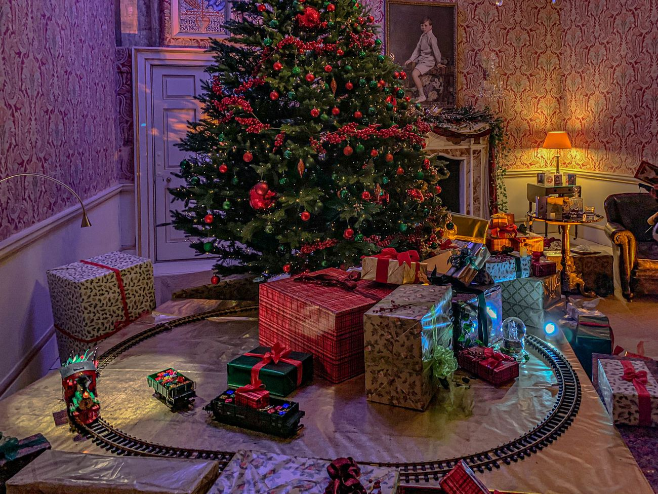 Christmas tree and presents in a playroom