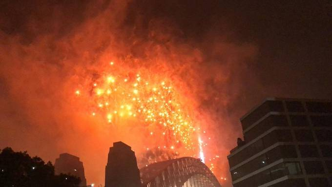 Sydney fire works 2020