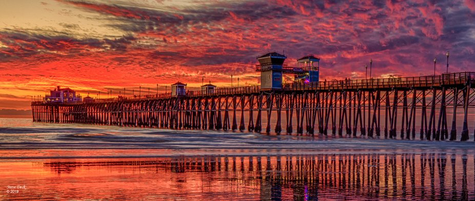 This is the pier in Oceanside, California USA. I it looked like sunset was going to be a dud then...