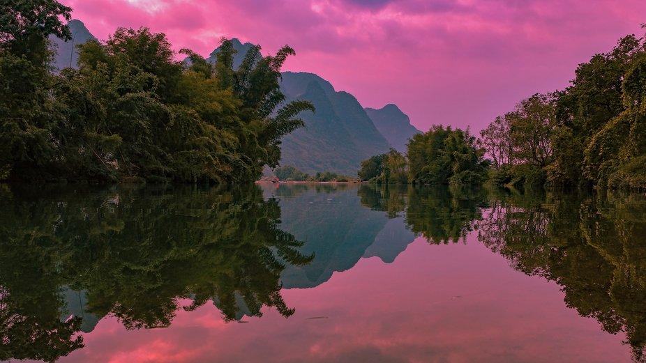 Reflections of the Li river in Yangshuo