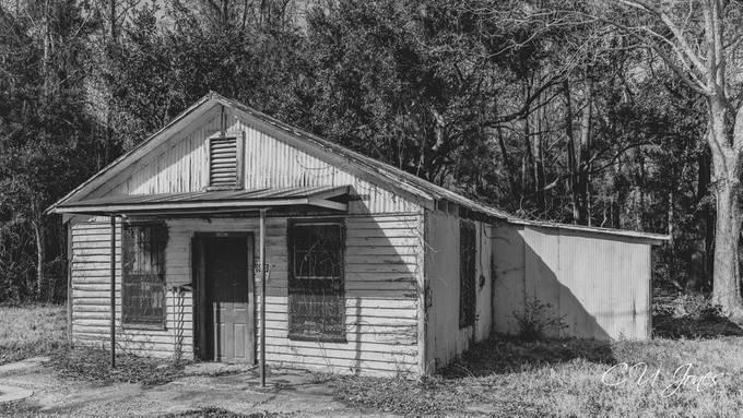 Abandoned on Wadmalaw