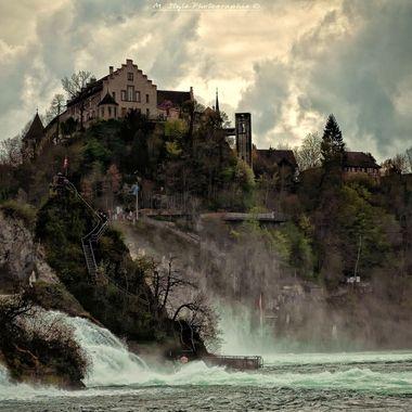UK: The Laufen Castle on the Rhine Falls in Schaffhausen.  GER: Das Schloss Laufen an den Rheinfällen in Schaffhausen.