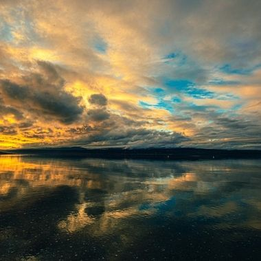 Stunning skies to end our day today. We sure are blessed with beauty in the PNW. I am proud to call it my home. Hood Canal, Washington, USA