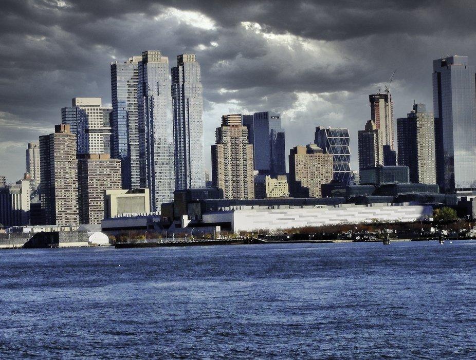 New York Skyline from Hudson River.