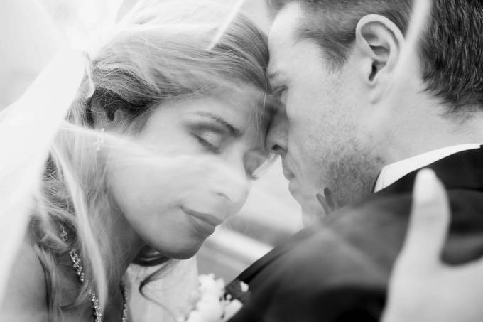 love is in the air  by yanaanne - Capture Wedding Moments Photo Contest