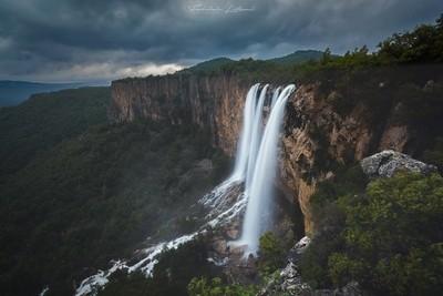 Lequarci waterfall