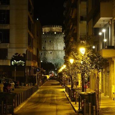 White Tower of Thessaloniki.  Handheld.