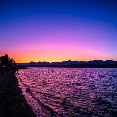 The skies were absolutely stunning this evening. What a way to end the day. We are so blessed with beauty in the PNW. Hood Canal, Washington, USA