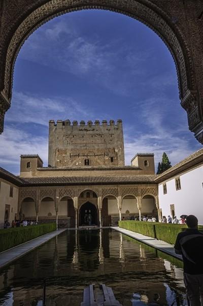Patio de lo Arrayanes en la Alhambra de Granada