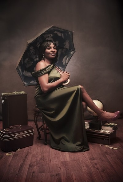 A portrait of an Nigerian Traveler, Author and Mother.