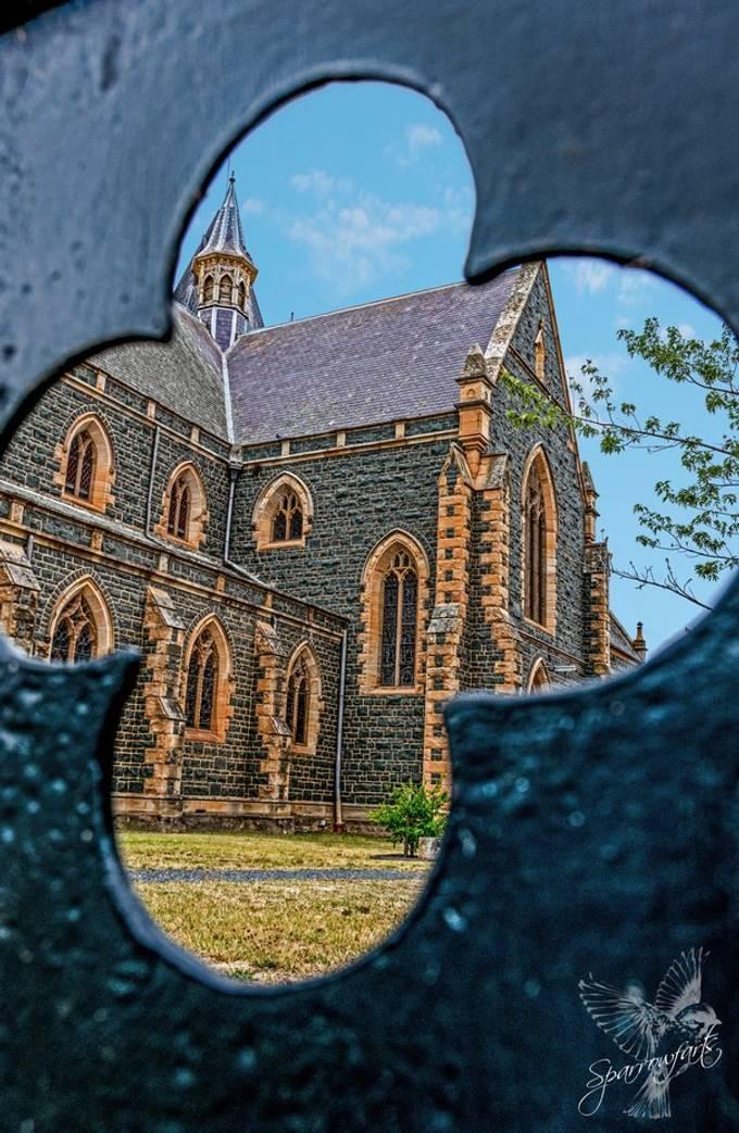 Camera: Nikon D5300 Lens: NIKKOR 18.0-140.0 mm f/3.5-5.6 Focal Length: 18.00mm Exposure: 1/320 sec; f/8; ISO200 https://www.sparrowfarts.com/ #Sparrowfartss