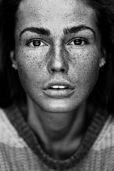 PROJECT FACES [Romana]