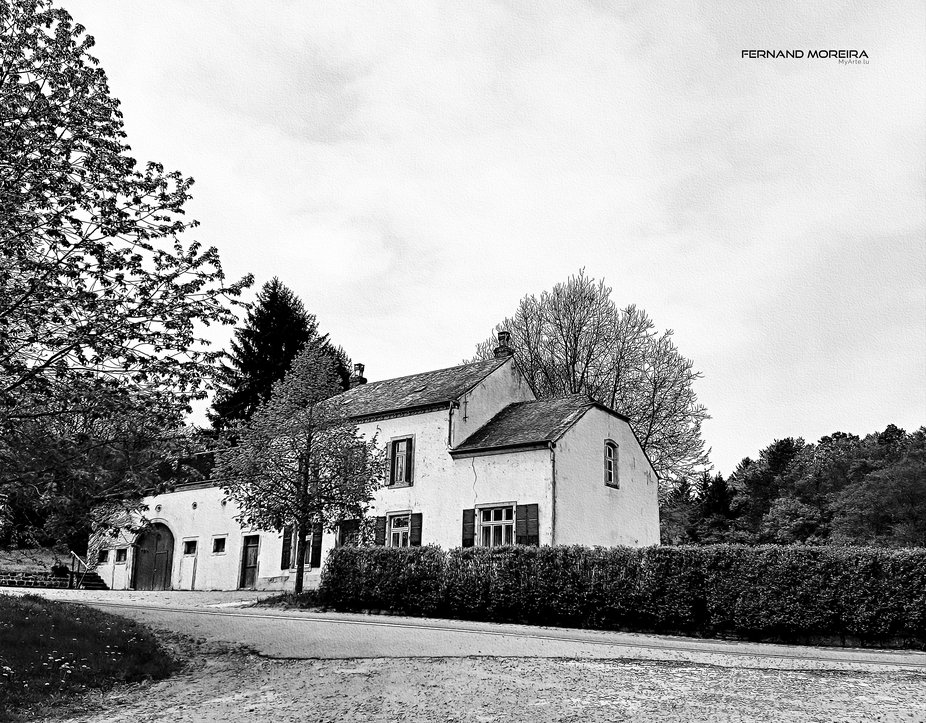 Landscape, farm house (L)  FinaArt photo - drawing