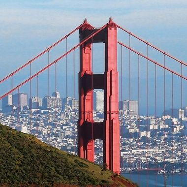 Golden Gate Bridge w/city
