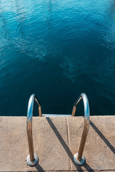 Escaleras al puerto