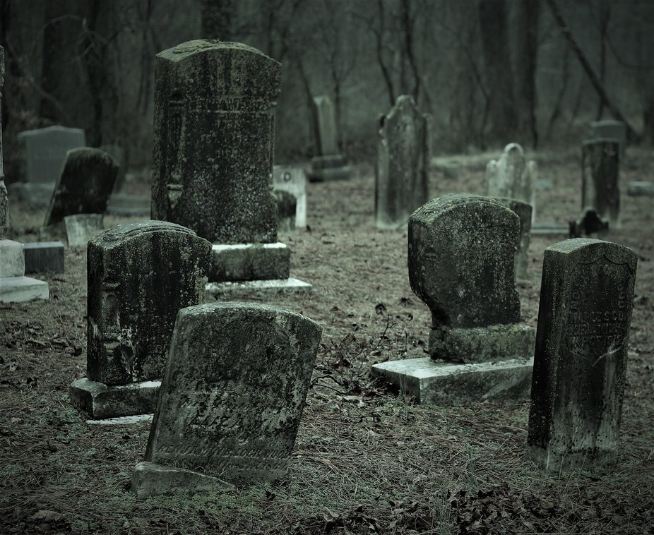 More tombstone in the haunted cemetery!