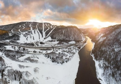 Crisp winter sunset in the Humber Valley