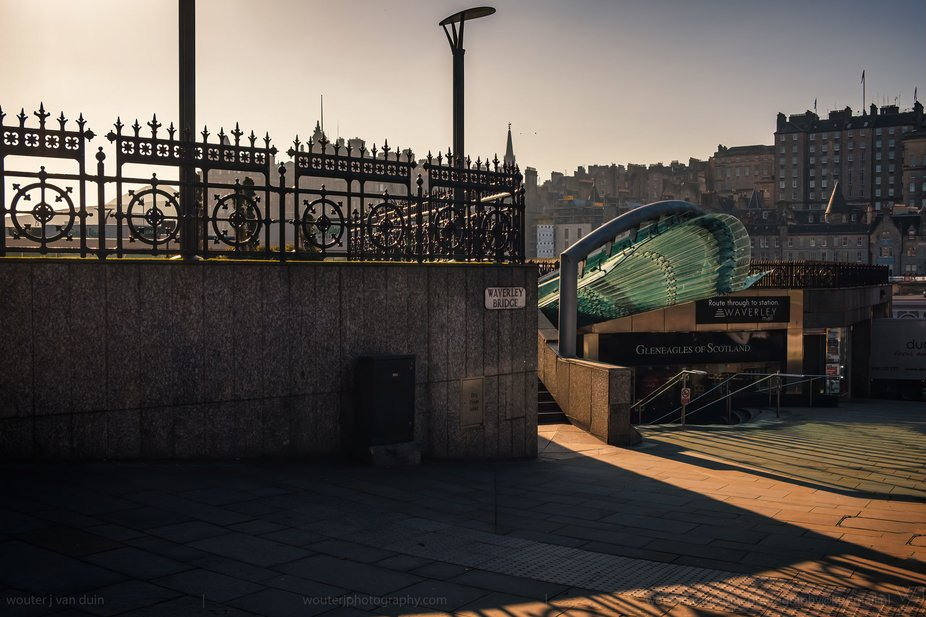 at Waverley Bridge for Waverley Station, Edinburgh, Scotland_1911