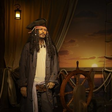 Captain Jack Sparrow in wax ...
