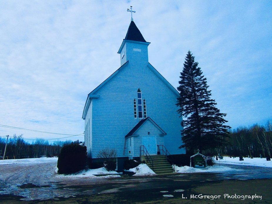 Just  love taking photo's of Country Churches.