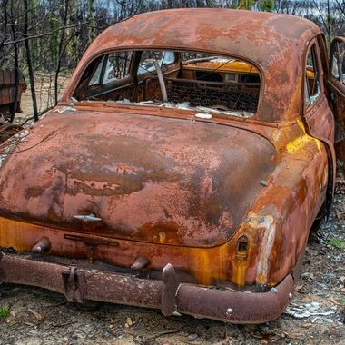 HIghway to Hell Album #12 Aftermath 2020 bush fires Notice the molten alloy near bumper right hand side
