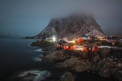 foggy arctic night