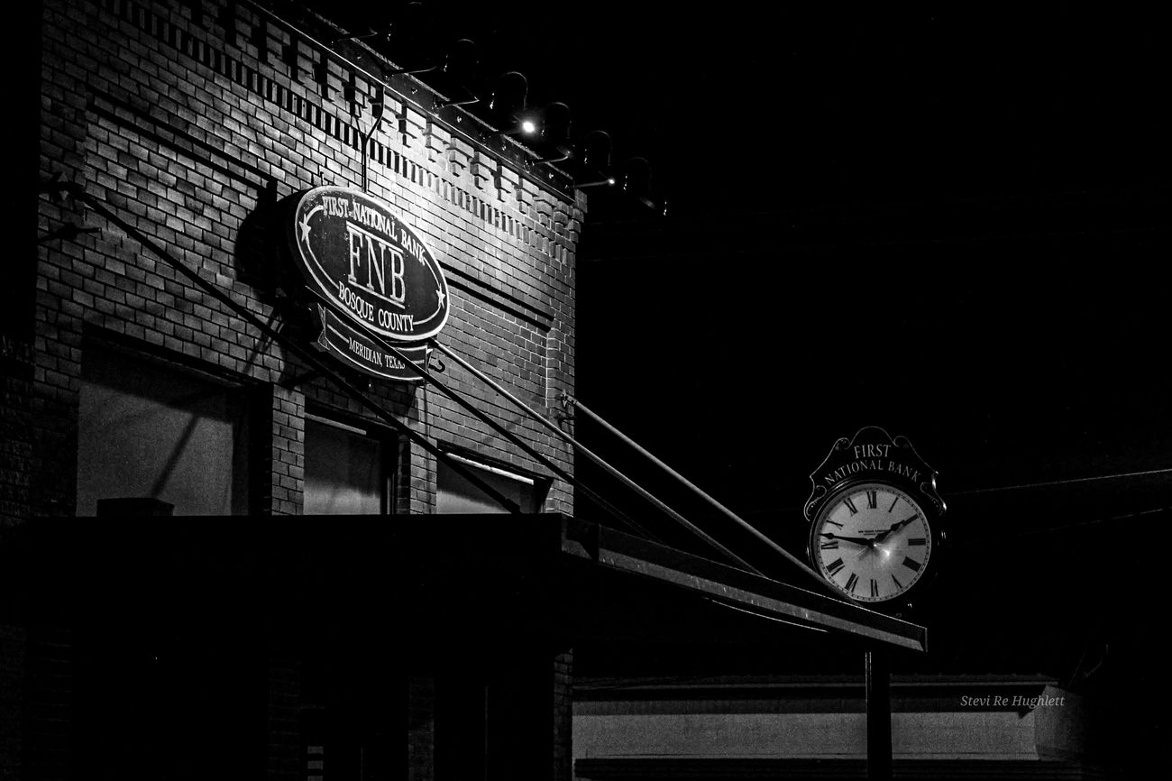 Small town original town square! Old original brick building from the late 1880s!