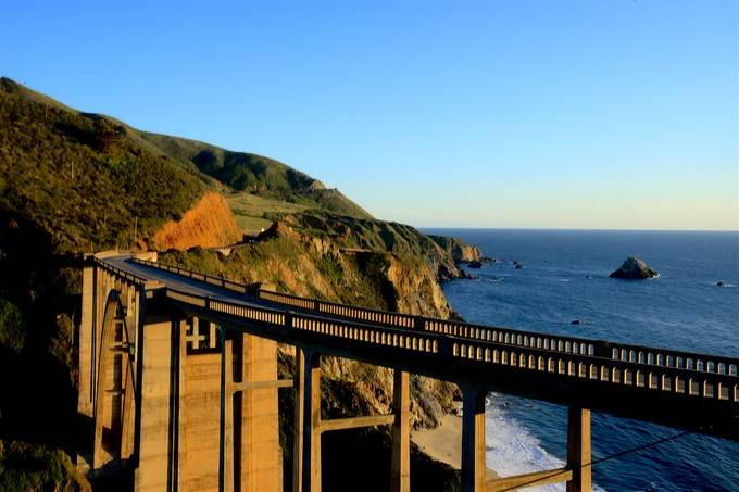 Spanned Still, acriss the historic Bixby Breek Bridge along the Pacific Coast Highway