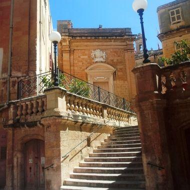 Birgu steps