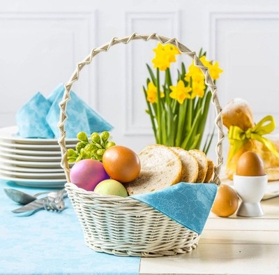 Traditional Easter basket on my Easter table