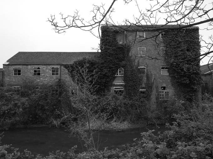 Old factory, Louth Canal.