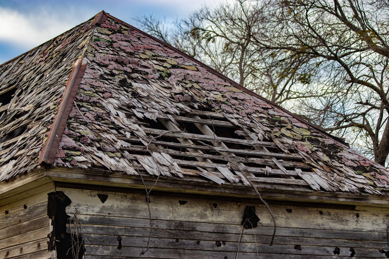 Another angle of this old barn
