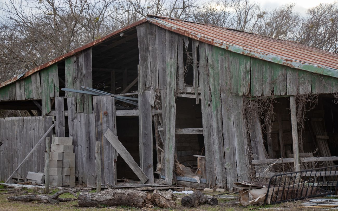 Found this barn close to home on a back road,