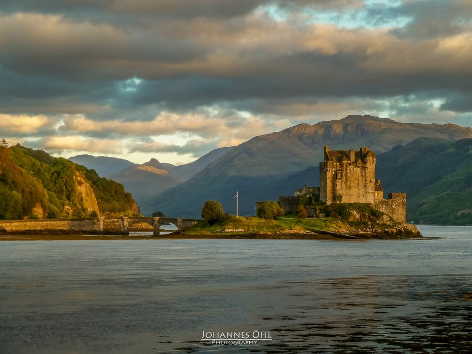 This is one of the most photographed castles in the world. Eilean Donan Castle looks very old. In...