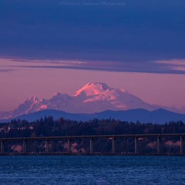 Mt. Baker a glow this evening. I love the beauty of the PNW. We are so blessed.