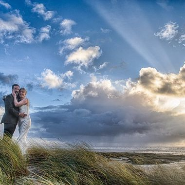 The beach of Fanø is an amazing spot for a wedding