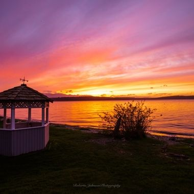 What a gorgeous ending to the day. I sure love living in the PNW. Hood Canal, Washington, USA