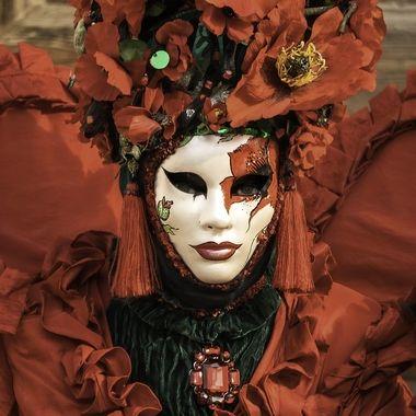 Carnevale 2020 La donna rossa del papavero