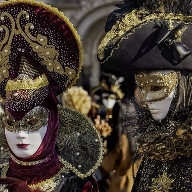Carnevale 2020  Guarnito in oro