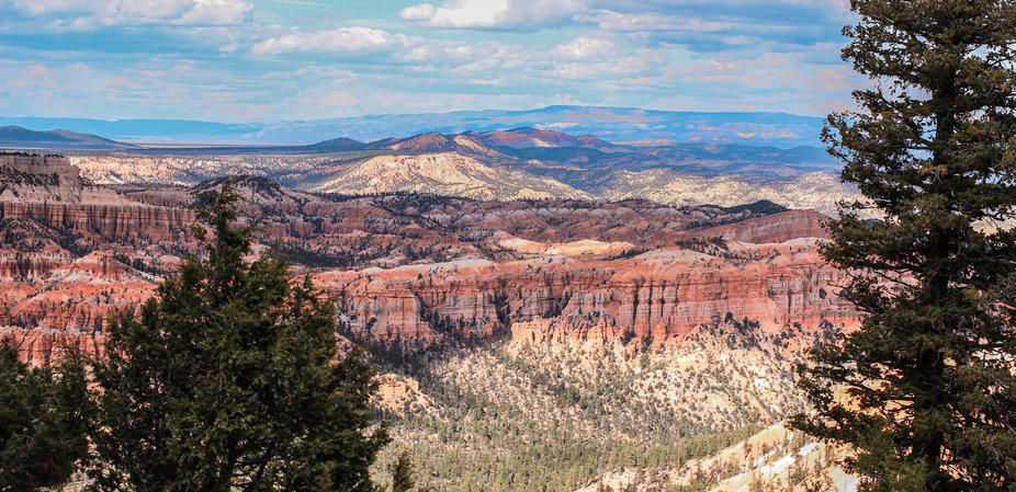 A spectacular view from Bryce lookout Point