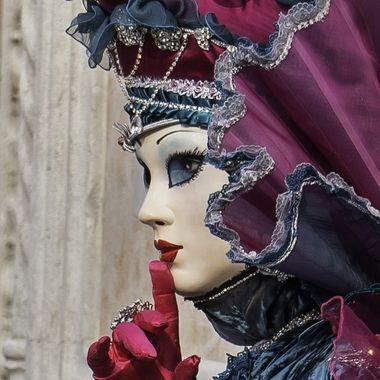 Carnevale 2020 Bleu Astral de profil