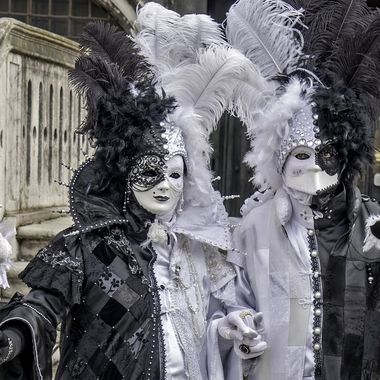 Carnevale 2020 Una coppia contrastante