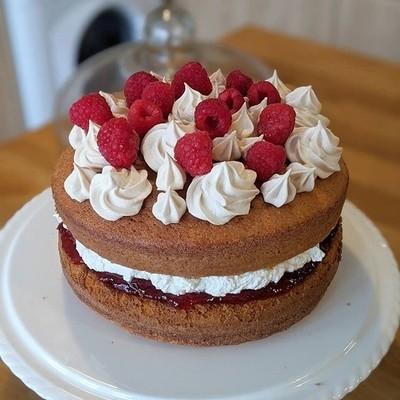 Birthday cake. ????Victoria sponge with Italian buttercream, raspberry jam
