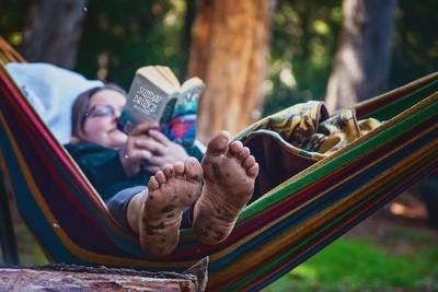 Barefoot Babe