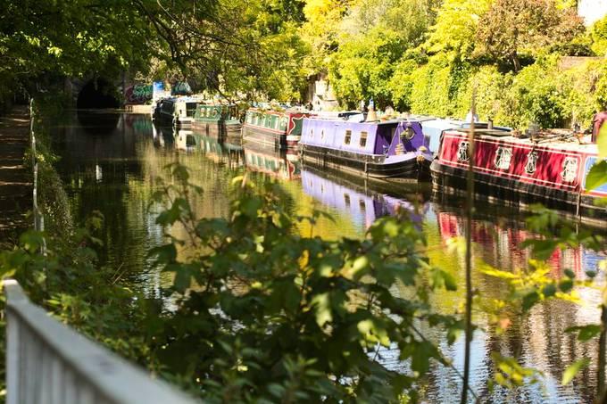 Boat homes in London