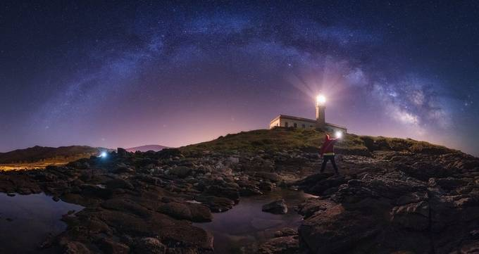 Battle of lights by Juliocastropardo - Showcase Lighthouses Photo Contest